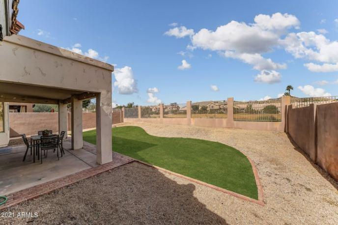 1636 E WINDSONG Drive, Phoenix, AZ 85048