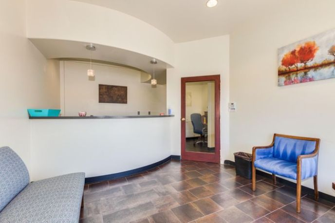 2150 W CAMELBACK Road, Phoenix, AZ 85015