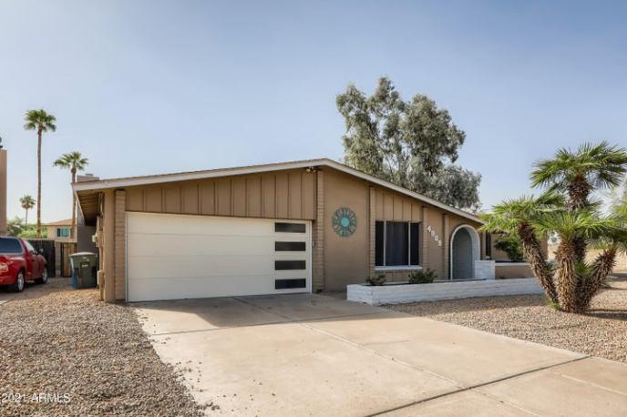 4909 W TORREY PINES Circle, Glendale, AZ 85308