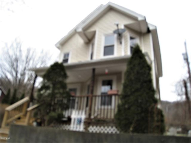 3 Palmer Ave, North Adams, MA 01247