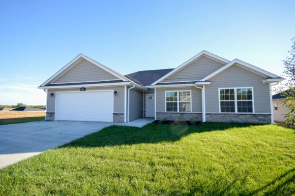3935 CLYDESDALE DR, COLUMBIA, MO 65202