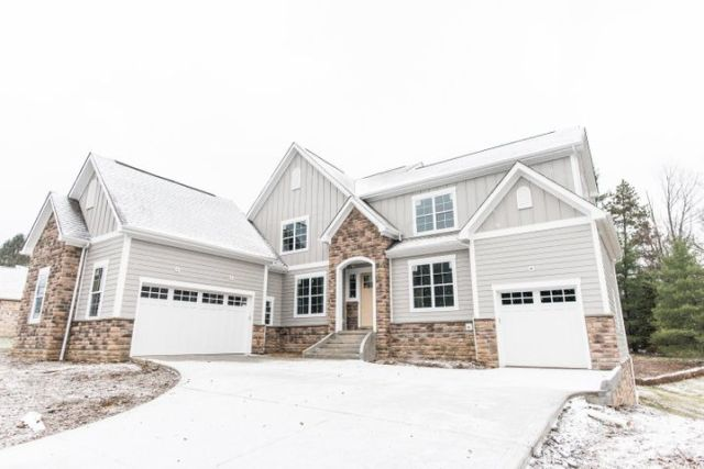 175 Stonegate Circle, Gahanna, OH 43230