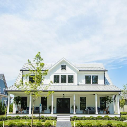 2019 BIA parade of Homes Gold Medal for Curb Appeal.