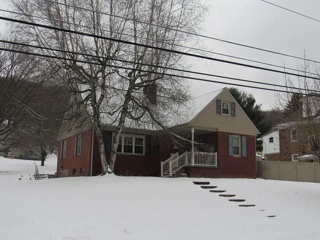 704 OGDEN AVE, Clearfield, PA 16830