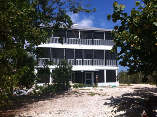 1388 Niles Road, Summerland Key, FL 33042
