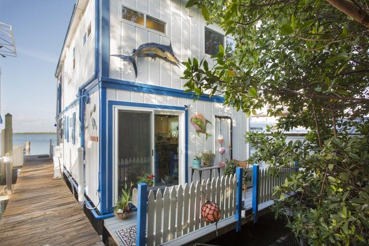 16-D Hilton Haven Road, Key West, FL 33040