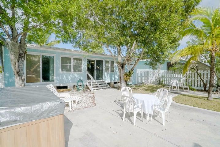 29030 Iris Drive, Big Pine Key, FL 33043