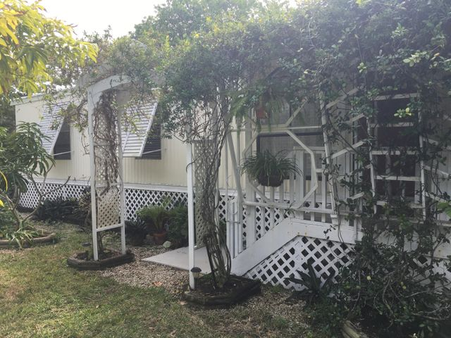 28232 Dorothy Avenue, Little Torch Key, FL 33042