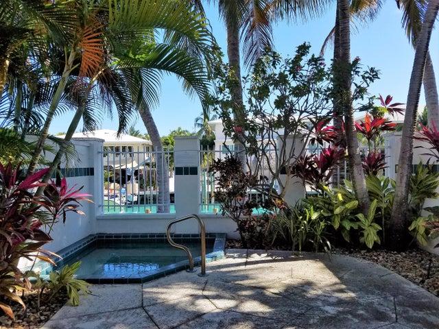 7008 Harbor Village Drive, Hawks Cay Resort, Duck Key, FL 33050