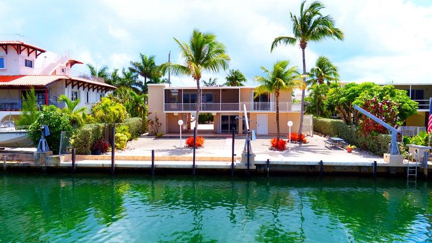 Concrete dock & davits
