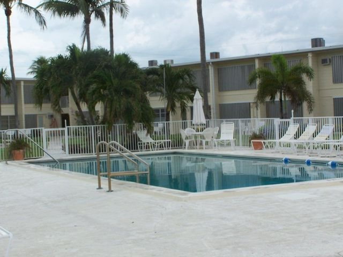 581 E Ocean Drive, 30, Key Colony, FL 33051