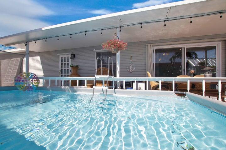 Nice pool 9x15 Salt pool