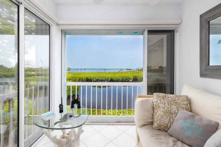 9816 Leeward Avenue, Key Largo, FL 33037