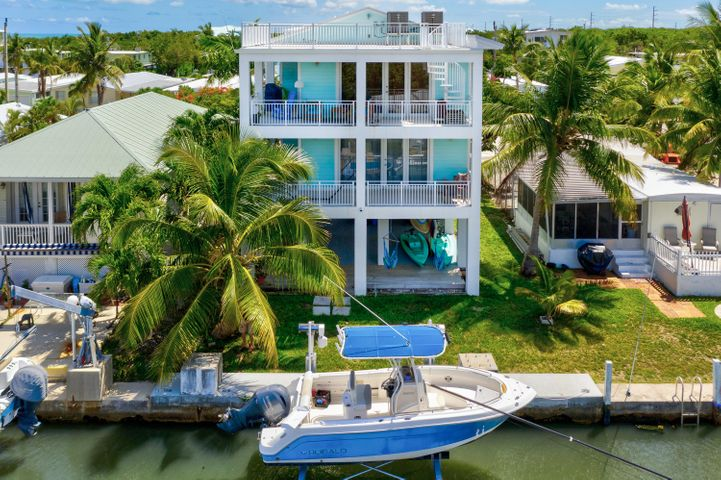 Home meant for luxury waterfront living