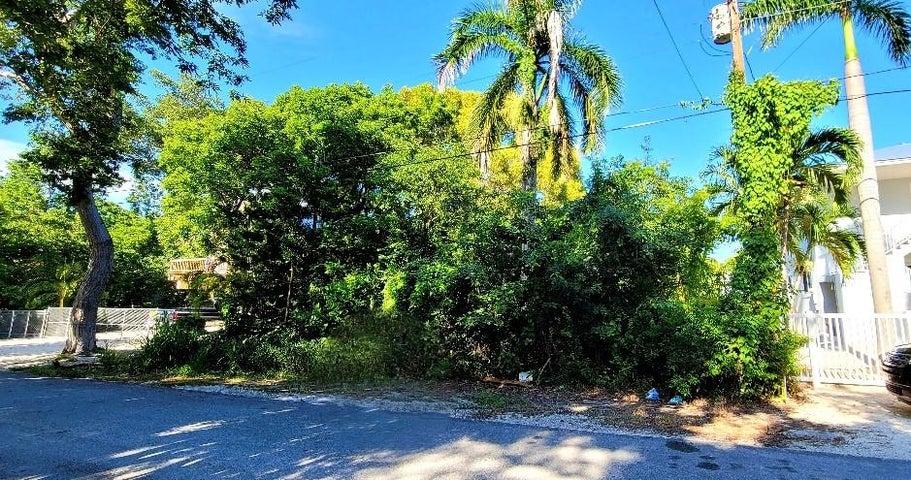 678 N LAKE DR Drive, Key Largo, FL 33037