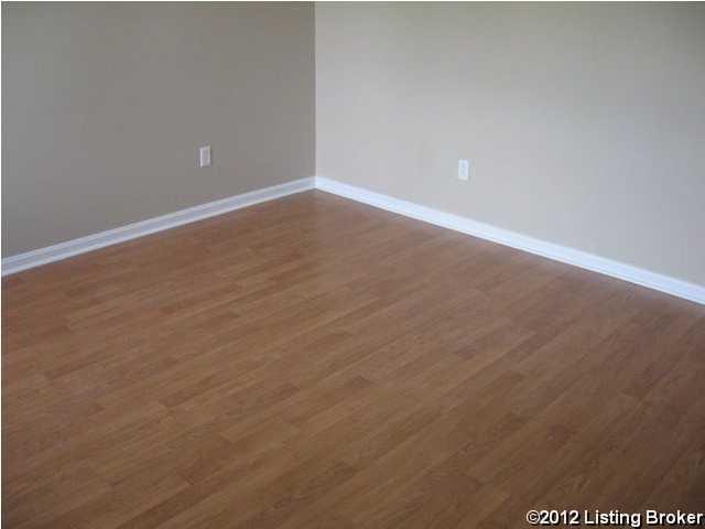 10202 Chico Ct,Louisville,Kentucky 40291,3 Bedrooms Bedrooms,7 Rooms Rooms,2 BathroomsBathrooms,Residential,Chico,1341492
