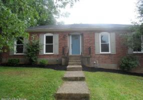 4512 YAGER Ln,Louisville,Kentucky 40241,3 Bedrooms Bedrooms,11 Rooms Rooms,2 BathroomsBathrooms,Residential,YAGER,1394307