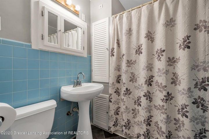 29-508 McBride St-WindowStill-Real-