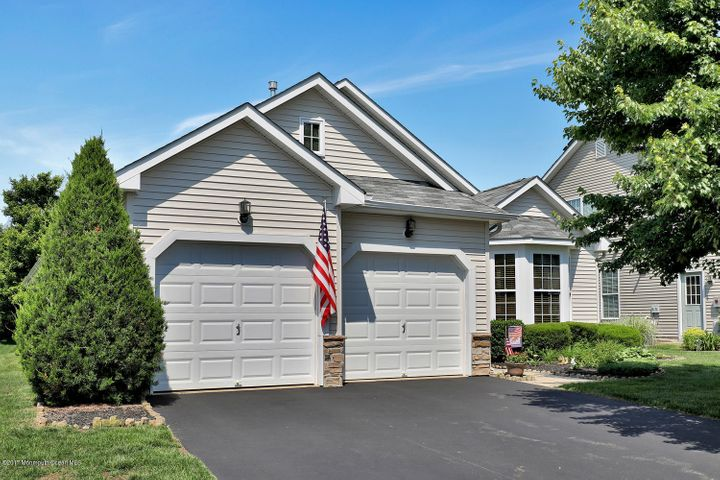 537 Bennington Lane, Lakewood, NJ 08701