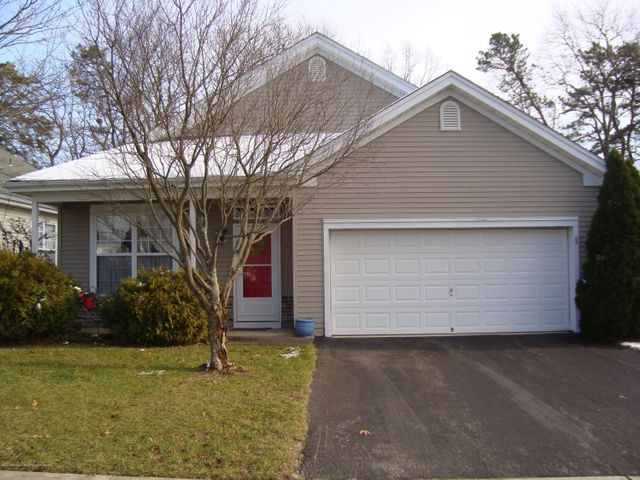 65 Robin Lane, Barnegat, NJ 08005