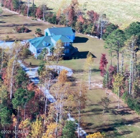 611 Great Heron Place, Swansboro, NC 28584
