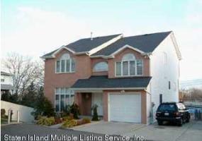32 Sabrina Lane,Staten Island,New York,10304,United States,5 Bedrooms Bedrooms,9 Rooms Rooms,5 BathroomsBathrooms,Residential,Sabrina,1117960