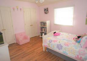 18 Sheridan Place,Staten Island,New York,10312,United States,3 Bedrooms Bedrooms,6 Rooms Rooms,4 BathroomsBathrooms,Residential,Sheridan,1118614