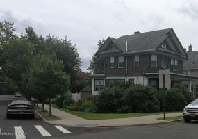 1033 Annadale Road,Staten Island,New York,10312,United States,4 Bedrooms Bedrooms,8 Rooms Rooms,1 BathroomBathrooms,Residential,Annadale,1122041
