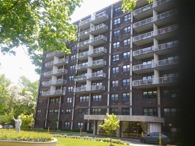 1100 Clove Road, 6f, Staten Island, NY 10301