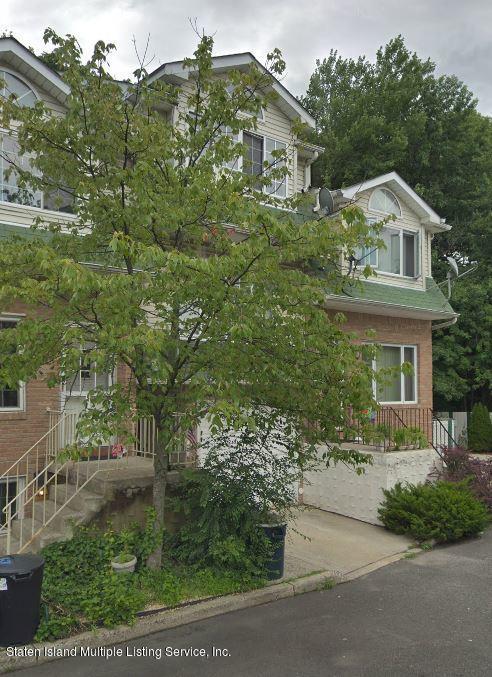 45 Woodcutters Lane, Staten Island, NY 10306