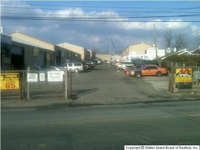 1303 Travis Avenue, Staten Island, NY 10314