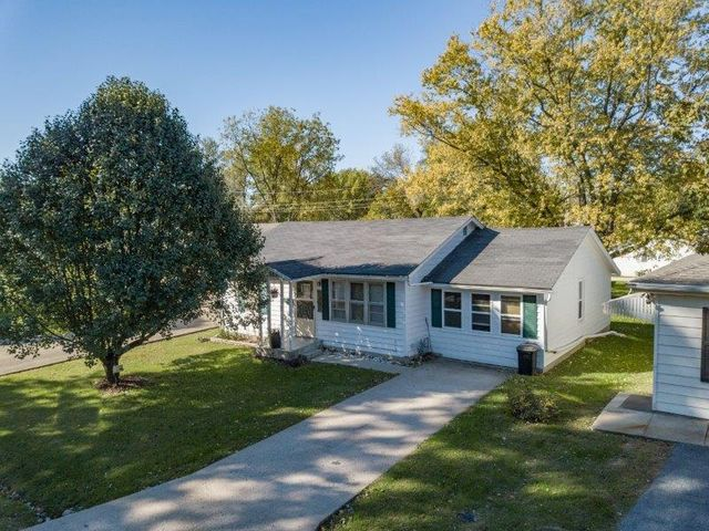 813 Harrison Ave., Moberly, MO 65270