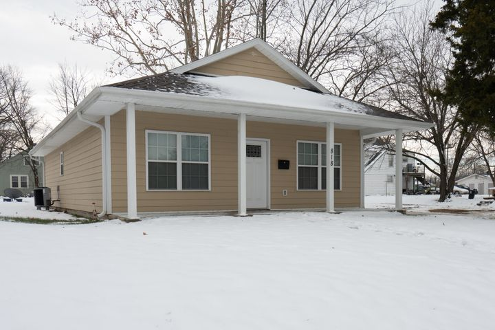 818 W Rollins St., Moberly, MO 65270