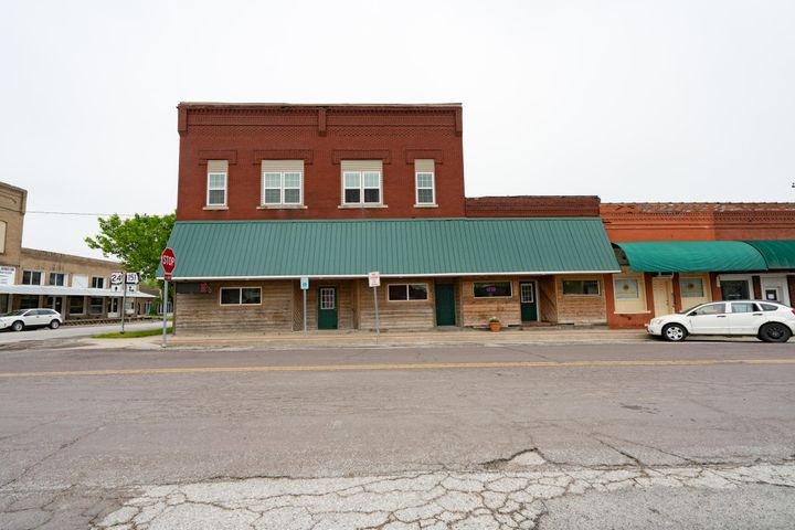 100 S Main St., Madison, MO 65263