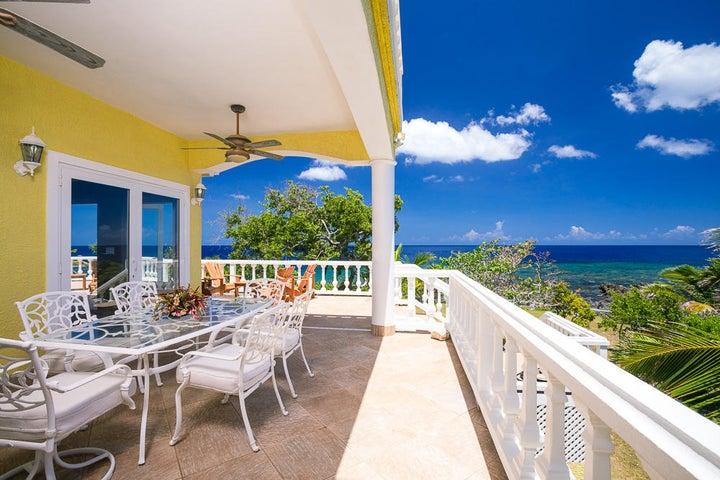 Yellow Bird - Ocean Front Home, Roatan,