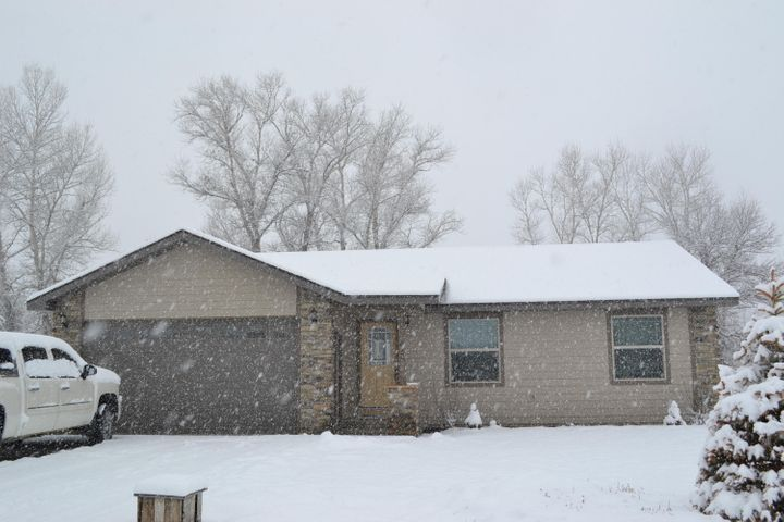 612 Heather Lane, Ranchester, WY 82839