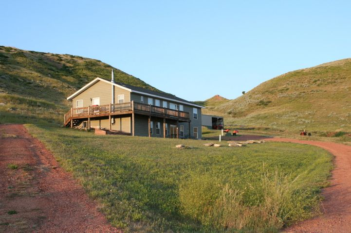 451 Cat Creek Road, Sheridan, WY 82801