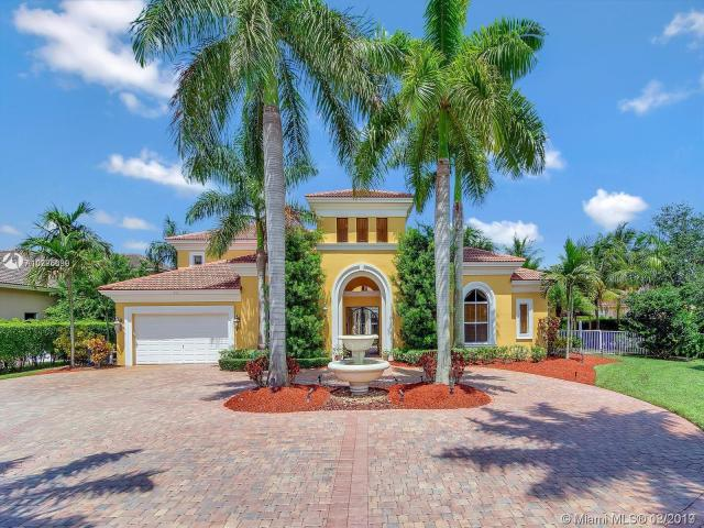 Property for sale at 505 W Enclave Cir, Pembroke Pines,  Florida 33027