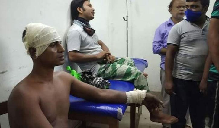 33 vehicles robbed in Chapainawabganj