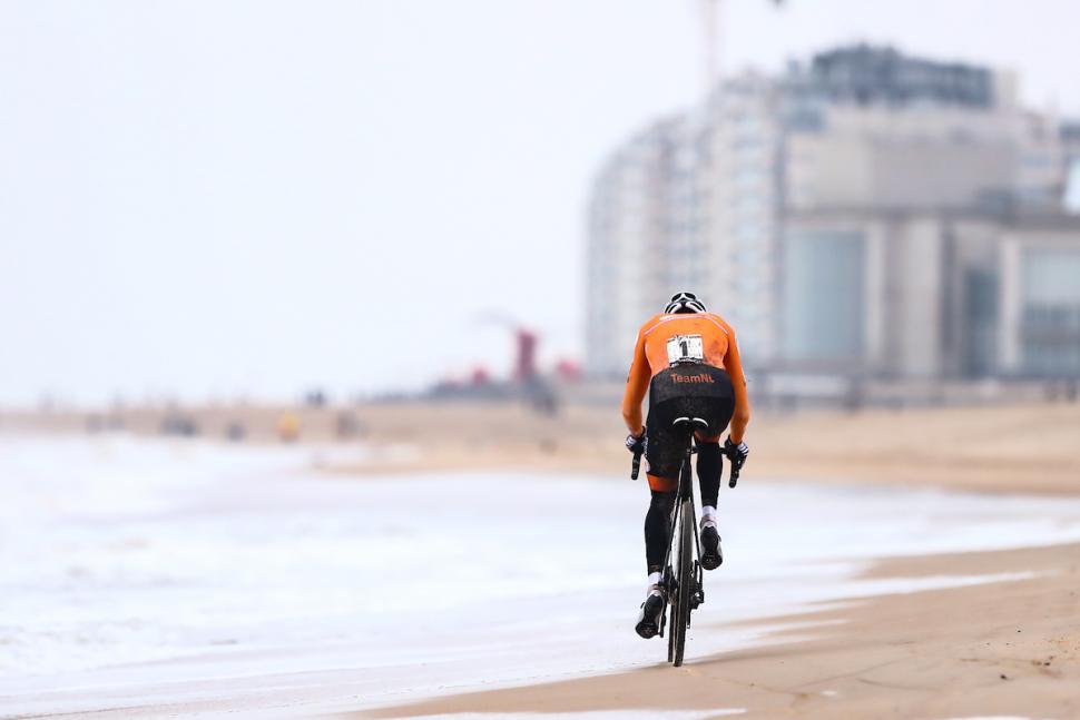 mathieu van der poel wins cyclo cross