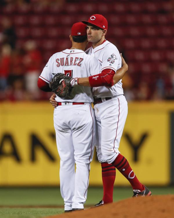 Votto extends hitting streak to 14, Reds beat Padres 8-3 ...