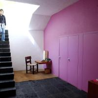 Architect's Mexico City home a living work of art; Anita Snow; Reading Eagle