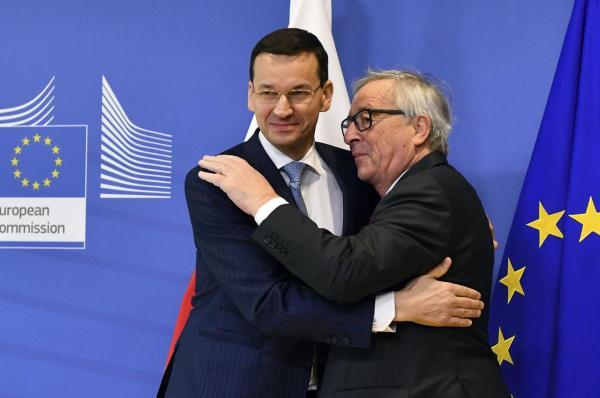 EU, Poland discuss Poland's divisive judicial reform | AM ...