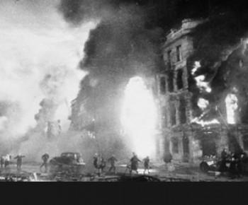 Battle_of_Stalingrad-bombing Η φοβερή μάχη του Στάλινγκραντ
