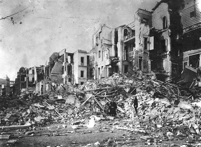 Αποτέλεσμα εικόνας για ο σεισμός στα επτανησα σπάνιες εικόνες