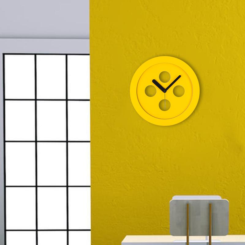 17cm piccolo orologio da muro giallo silenzioso per cucina, particolari orologi a parete in legno senza ticchettio, design italiano basic. Orologi Da Parete Moderni Orologi Da Muro