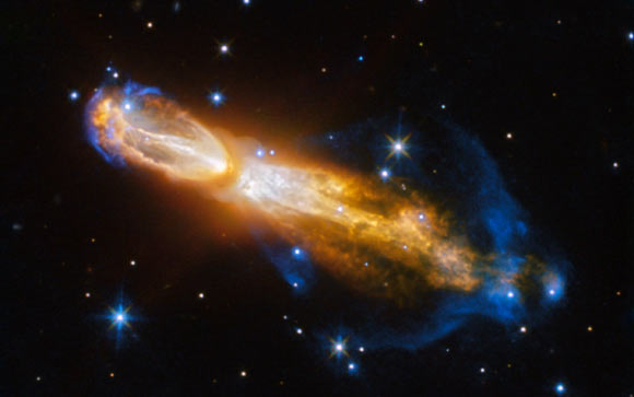 This Hubble image shows the Calabash Nebula, which lies in the constellation of Puppis, about 5,000 light-years away. Image credit: NASA / ESA / Hubble / Judy Schmidt, www.geckzilla.com.