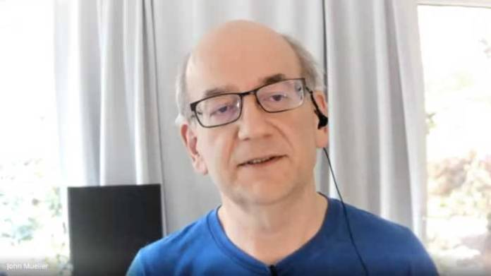 Google John Mueller on Deindexed Sites