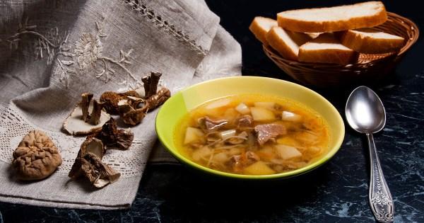 Постный суп из сушеных грибов - простой рецепт с фото ...