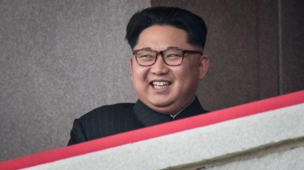Ким Чен Ын боится выезжать из страны - СМИ | СЕГОДНЯ